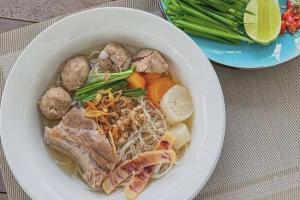 Đảm đang và khéo léo như Lan Khuê, bát đĩa phải cùng tone món ăn mới chịu