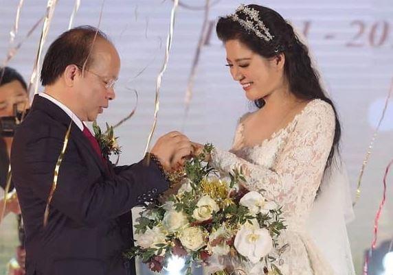 Ca sĩ Đinh Hiền Anh kỷ niệm 2 năm ngày cưới kèm lời nhắn nhủ tới ông xã: 'Em mãi yêu thương và bên anh'