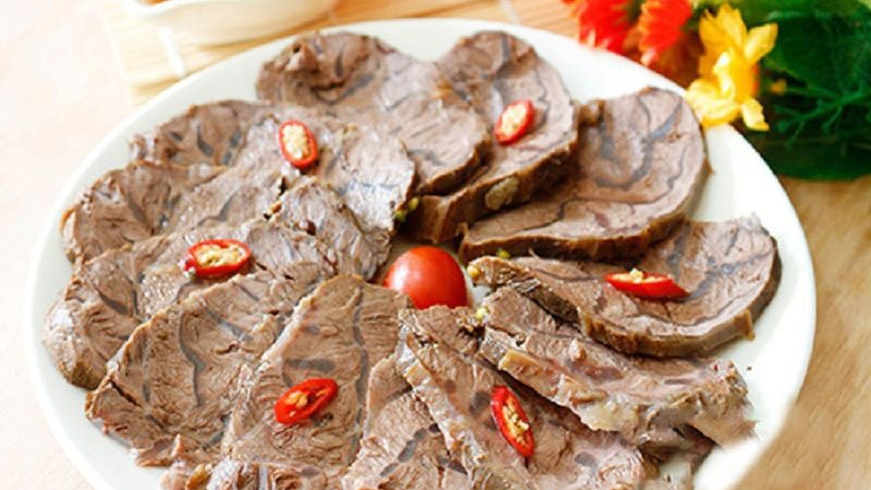 Bí quyết nấu món bắp bò luộc thơm ngon, không dai, càng ăn càng thòm thèm